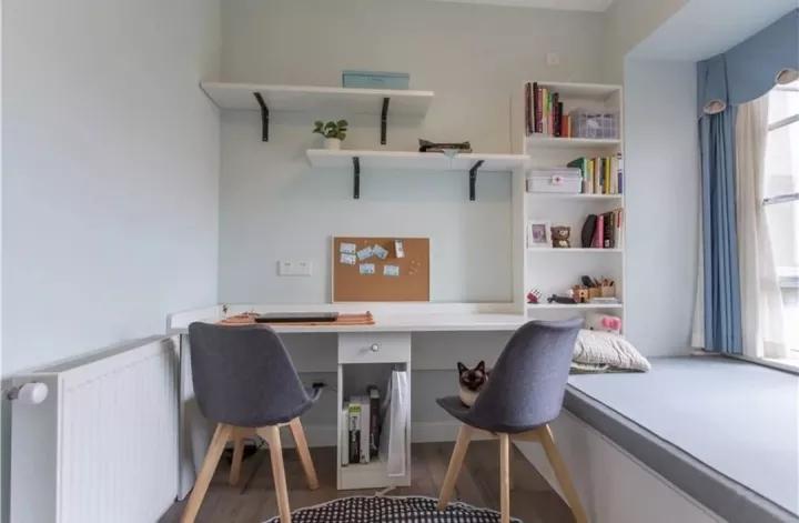 小户型书桌搁板效果图